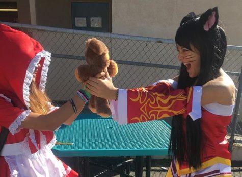 Costume craze captivates the campus