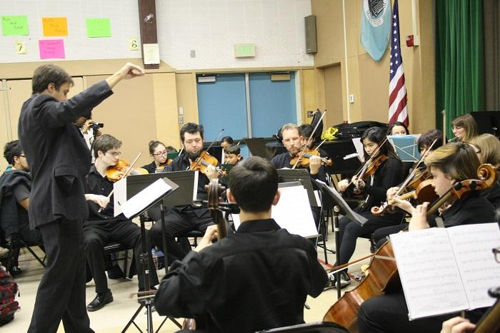 Video: Musicians from the Kadima Conservatory of Music perform holiday songs