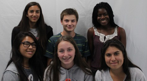 Cross Country team members show their smiles even though season is not going the way they planeed. From left to right, Senior Vanessa Barajas, sophomore John Ford, Freshman Jadesola Ajileye, Sophomore Juliette Tafoya, Sophomore Micalya Rendon and Senior Beatriz Castro.