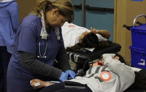 PHOTO: Students participate in blood drive