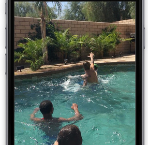 Shots allows uses to send quick videos and photos like Snapchat, but without the captions. Photo from Shots.