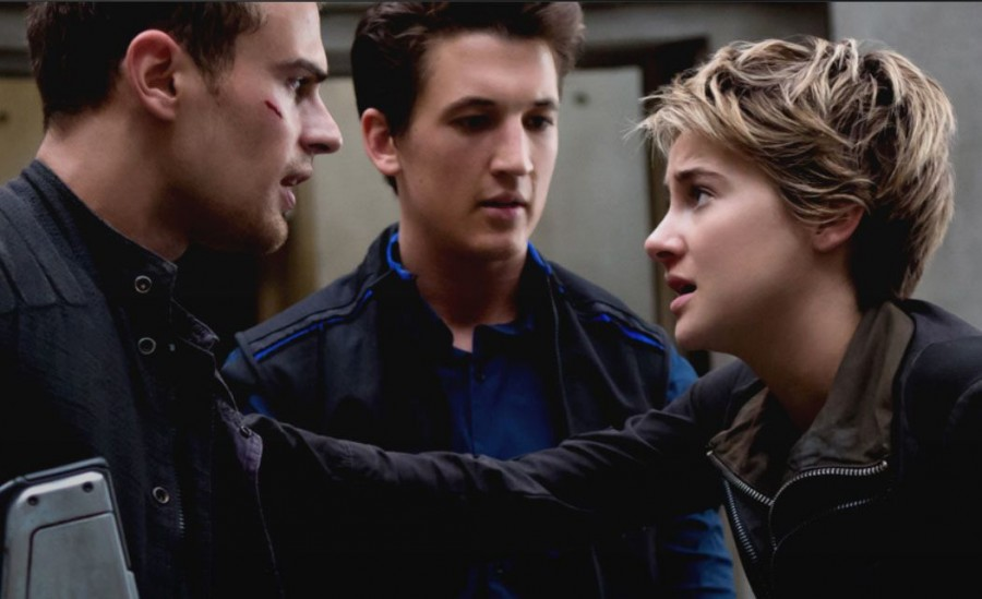 Four (Theo James), Peter (Miles Teller) and Tris (Shailene Woodley) bring their fans on their next journey.