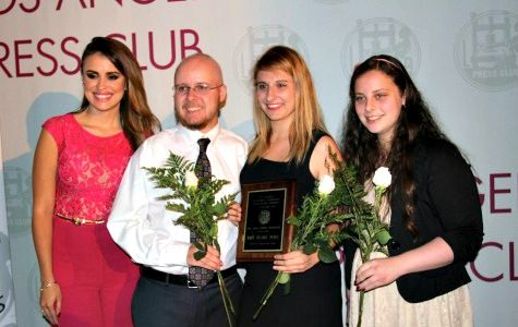 Press Club Board Member Carolina Sarassa, former Online Editor-in-Chief Christopher Bower, former Print Editor-in-Chief Natalie Moore and new Print Editor-in-Chief Ilana Gale stand with the first place plaque after the winner for Best High School Newspaper was announced. Photo from the Los Angeles Press Club
