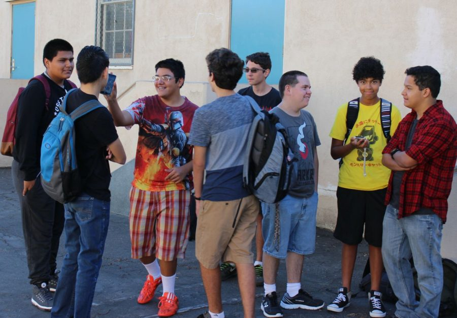 Sophomores gather in courtyard to catch up before first period.