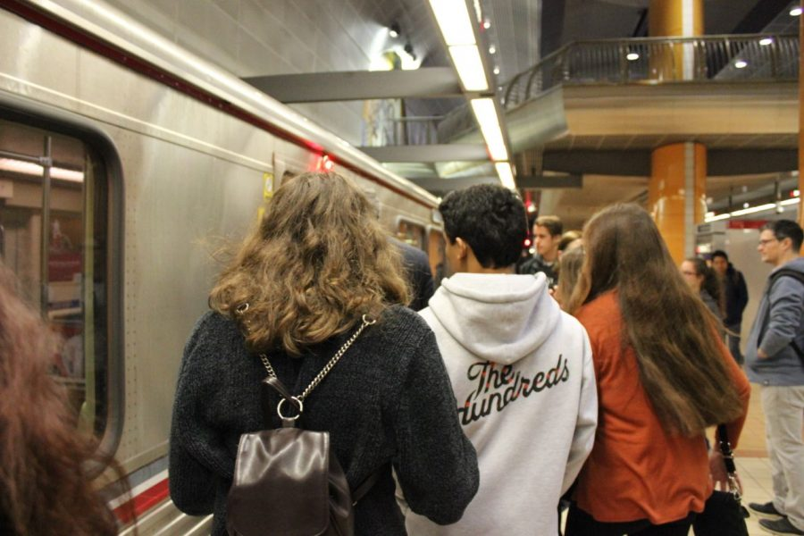 Twenty-eight+students+traveled+through+the+subway+to+reach+their+destination+in+downtown+Los+Angeles.+