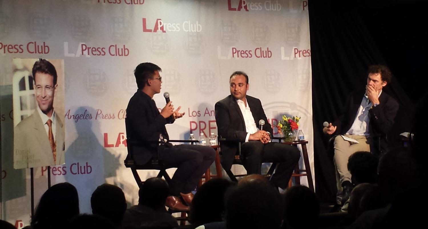 Malaysian+journalist+Nicholas+Cheng+speaks+to+Pakistani+journalist+Salman+Yousafzai+and+Publisher+and+Editor-in-Chief+of+TRIBE+Media%2FJewish+Journal+Rob+Eshman+on+how+he+gained+a+certain+perspective+of+America+through+television.+