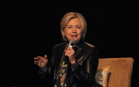 Hillary Clinton, Kamala Harris inspire 'Girls (to) Build LA' during leadership summit