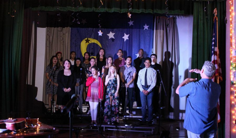 Music+teacher+Wes+Hambright+leads+the+Daniel+Pearl+Magnet+High+School+choirperforms+the+%22Star+Spangled+Banner%22+during+the+Starry+Night+performance+on+May+3+last+year.