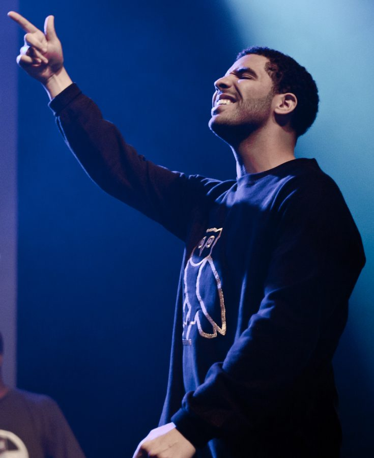 A+photo+from+one+of+Drake%27s+concerts+in+2011.+The+%22In+My+Feelings%22+challenge%2C+inspired+by+his+new+song%2C+became+a+social+media+trend.
