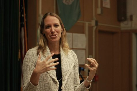 Senior vice president and general manager of Fox Sports West/Prime Ticket and Fox Sports San Diego regional sports networks, Lindsay Amstutz dropped by Daniel Pearl Magnet High School to speak up about a an upcoming event for all girls to support the Gender Equality Conference on Nov. 27.