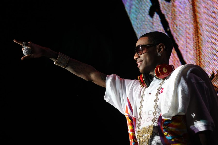 Rapper Soulja Boy faces a lawsuit with Nintendo after releasing a game console similar to its Nintendo Switch.