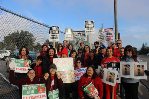Teachers rally at California Charter Schools Association on second day of strike