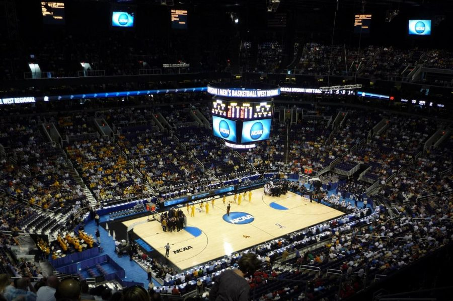 March Madness First round starts tomorrow with Minnesota vs Louisville at 9:15 a.m. The games will be broadcasted on the NCAA website.