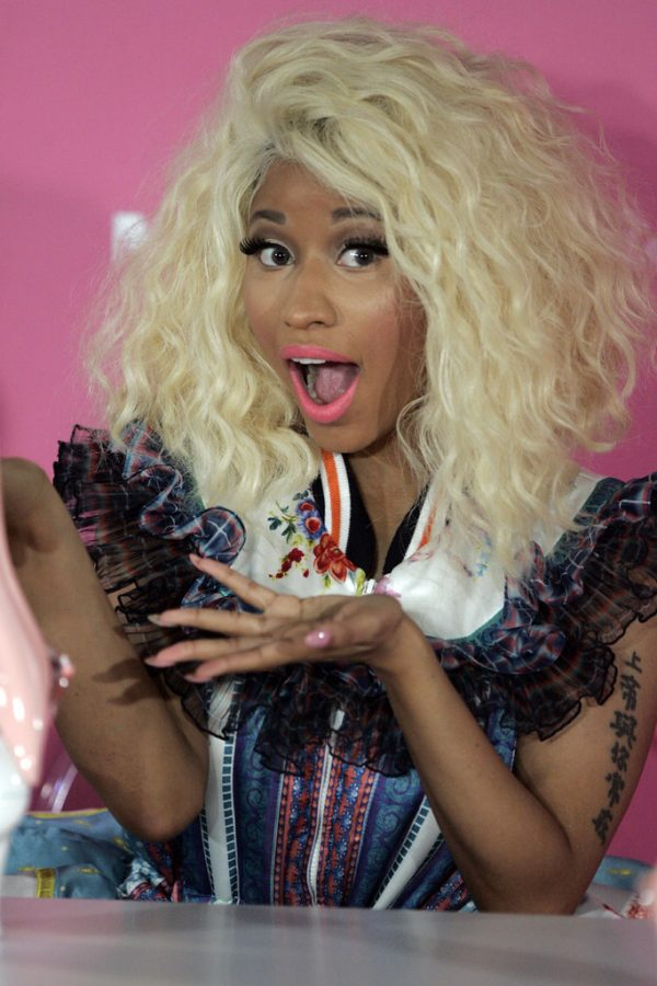 Nicki+Minaj+surprises+fans++by+tweeting+her+retirement+on+Sept.+5.+