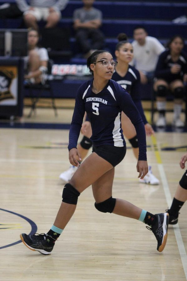 Freshman+Naamah+Silcott+prepares+to+hit+the+ball+in+a+game+against+Chatsworth+Charter+High+School+on+Sept.+26.