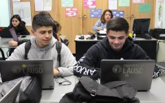 Seniors David Covarrubias and Luis Nunez take an Edgenuity class in Spanish teacher Glenda Hurtado's room on Jan. 21.